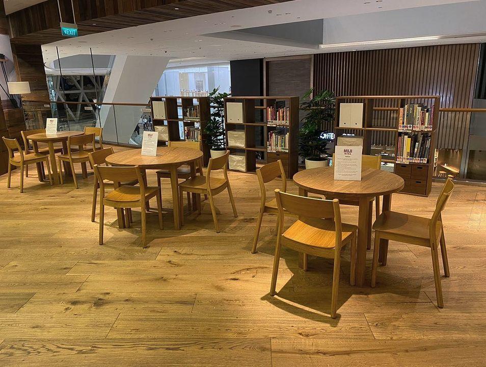 Muji Changi Jewel Lounge 3